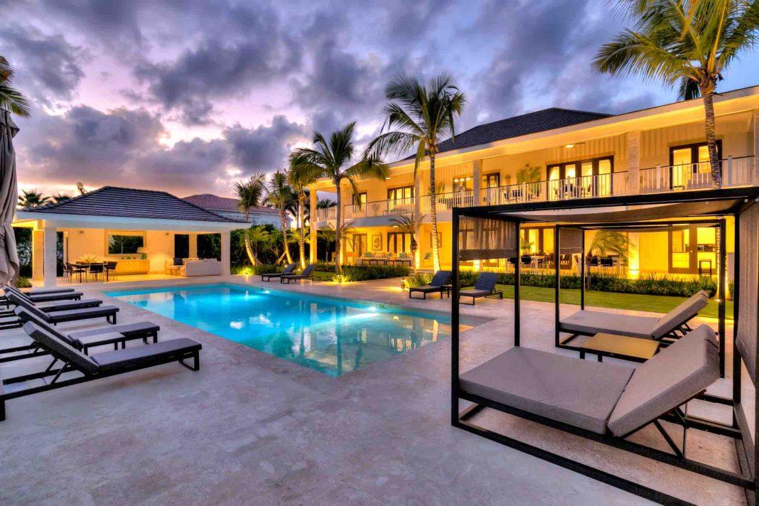retreats luxury oceanfront rentals