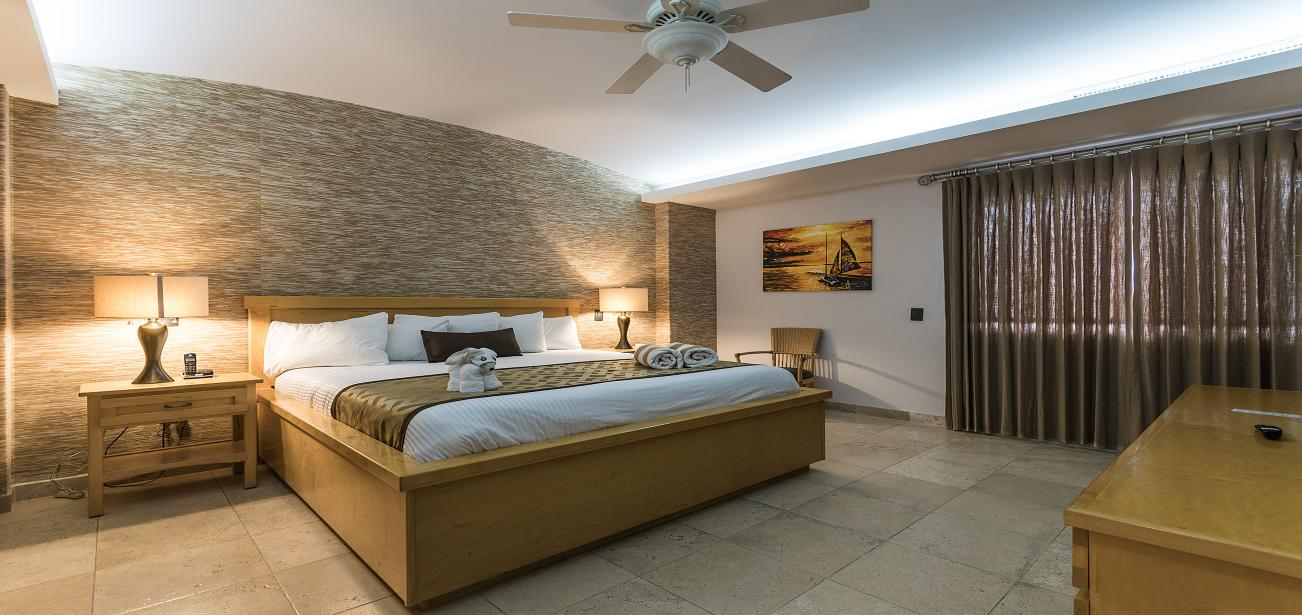 Mansion Cuatro 9AN-4 with Hilton Quality Bedding