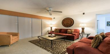 Villa Los  Arcos With Spacious Beachfront Living Room
