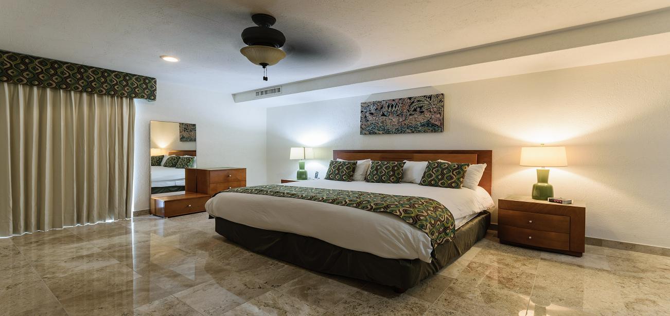 Condo Casa De Los Sabados Offers Luxury Beds To Suit Every Taste