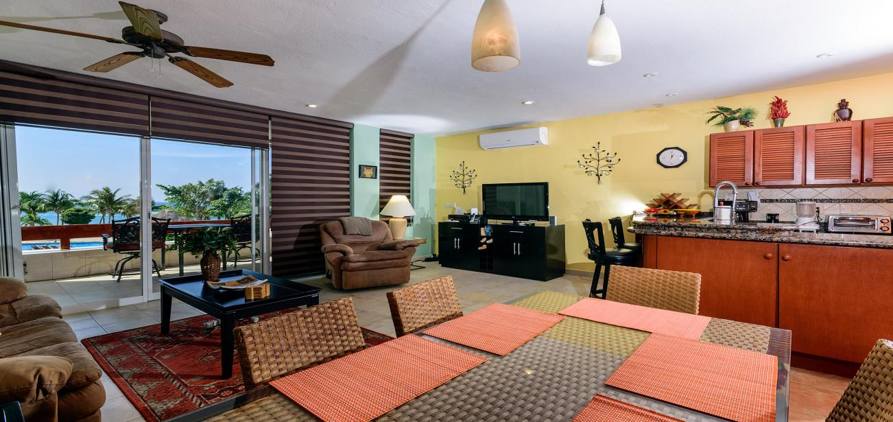 Residencias Reef 8340 With Beachfront Living & Dining