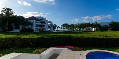 Residencias Reef 6120 beachfront condo in Cozumel Mexico, located in San Francisco Beach