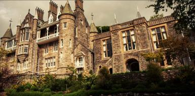 Luxury Castle wedding venue for rent Rhianfa