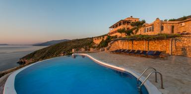 Zakinthos oceanfront rental Oceanview seaside Luxury retreat