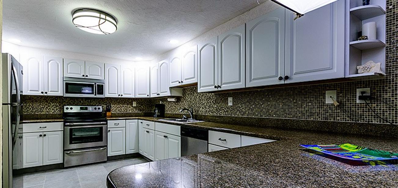Casa Del Arte 7JN-4 With Full Kitchen