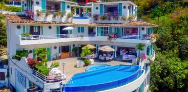 luxury oceanfront villa rentals in puerto vallarta