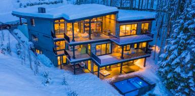 Solitude Luxury Chalet in whistler canada Vacation rental sky retreat