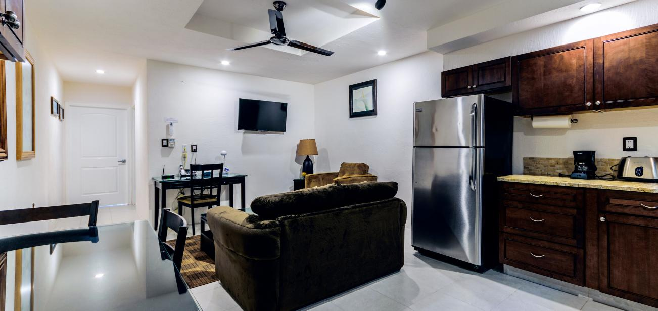 Luxurious Condo in El Cantil on the Beach