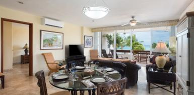 residencias reef 5240 two bedroom apartment