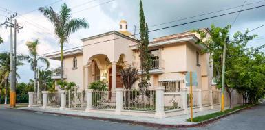 Cozumel Town property