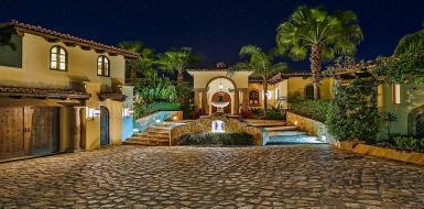 luxury rentals in los cabos